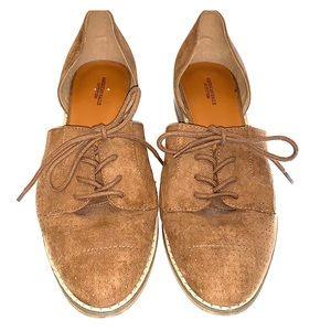 American Eagle shoe